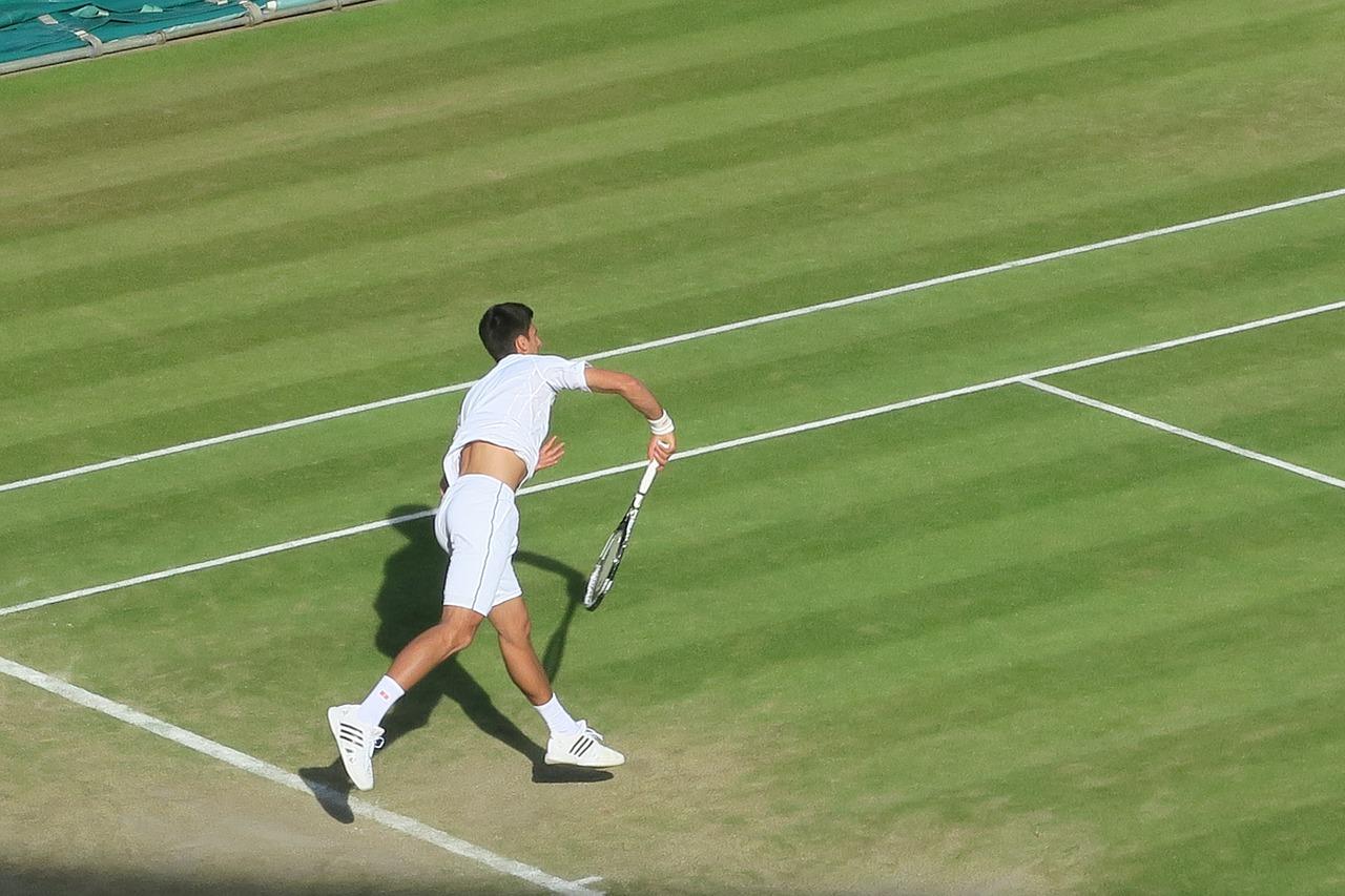 Novak playing on Wimbledon