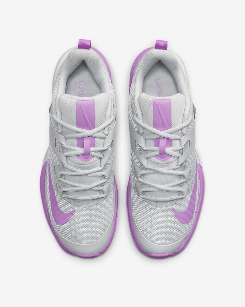 NikeCourt Vapor Lite lacing system