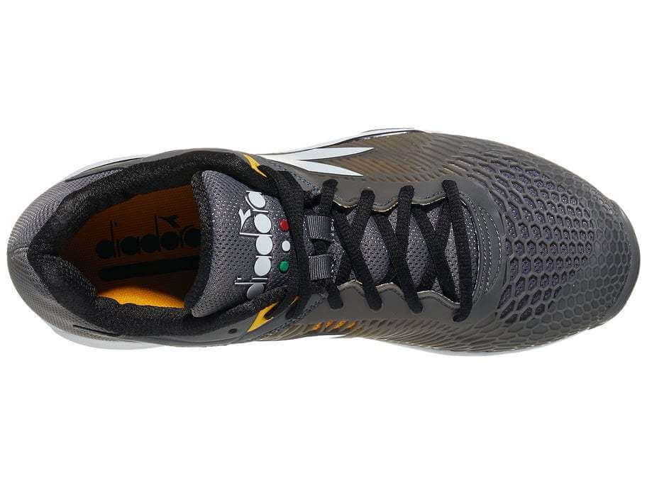 Diadora Speed Competition 6 AG lacing system